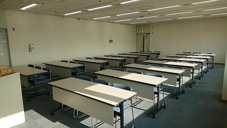 第2研修室(机・イス)